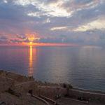 Von Monemvasia Kastro aus kköbbeb Sie herrliche Sonnenaufgänge erleben