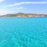 Das türkisfarbene Wasser, gesehen von der Fähre nach Elafonisos