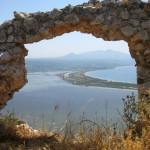Ausblick vom Paleo Kastro über die Bucht von Navarino.