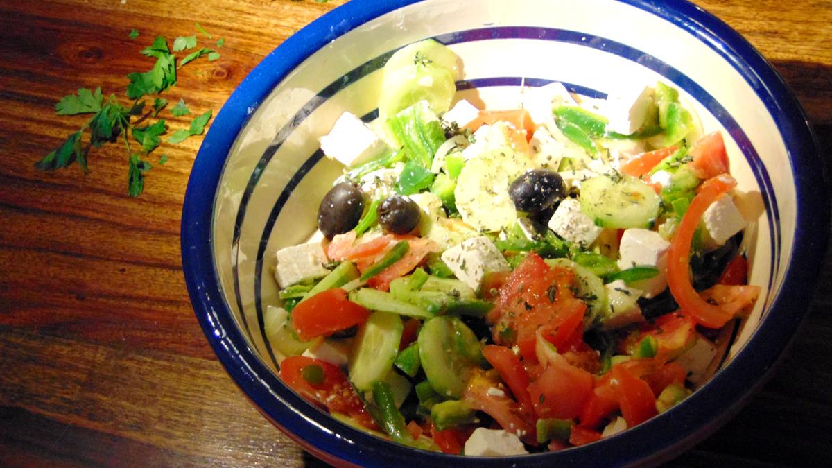 Griechischer-Bauernsalat-Greek Salad
