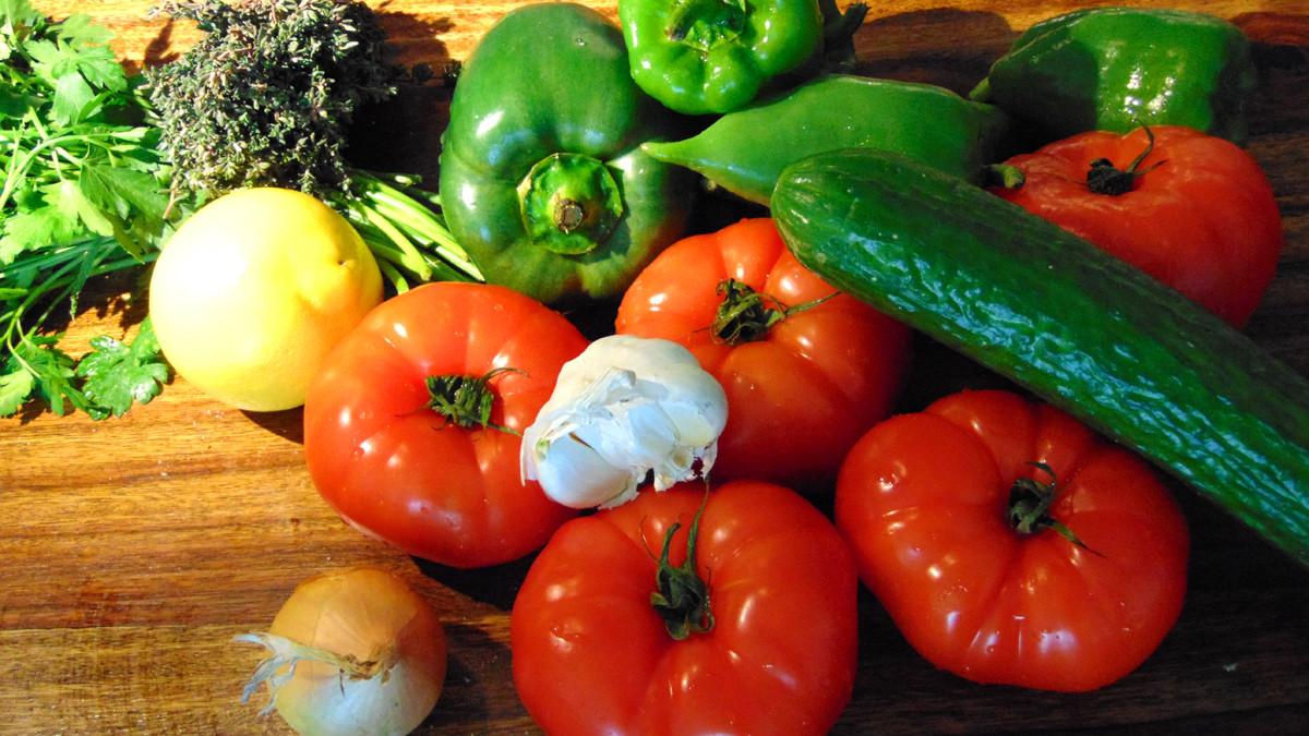 Zutaten für den griechischen Bauernsalat - Greek Salad