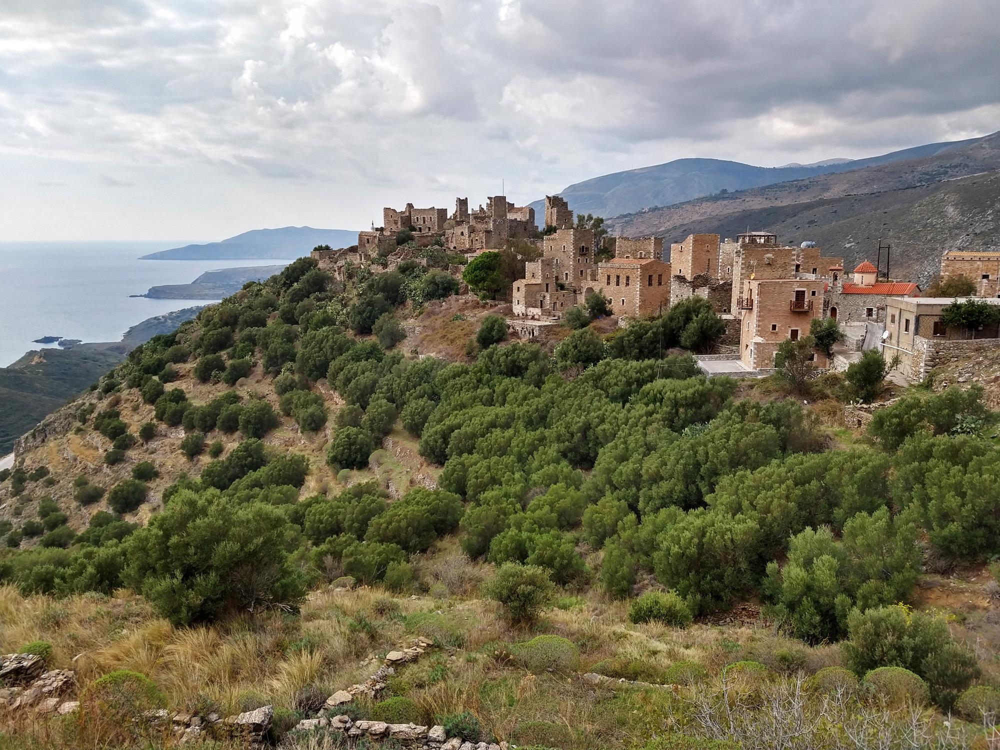 Klima: Wolken über der Mani auf dem Peloponnes
